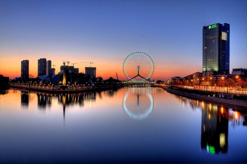 Tianjin Eye: Gigantic Ferris Wheel on a Bridge   Amusing Planet