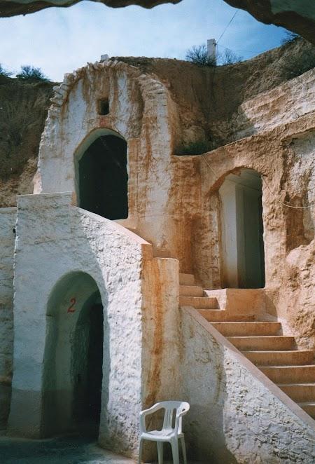 11. Hotel troglodit din Tunisia.jpg