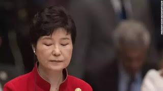 Park Geun-hye bị phế truất.