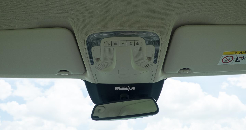 Nội thất xe Mercedes Benz V250 Avantgarde Máy Xăng màu trắng 014