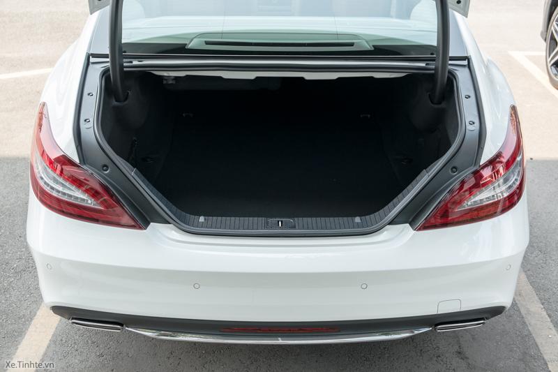 Xe Mercedes Benz CLS500 New Model màu trắng 012