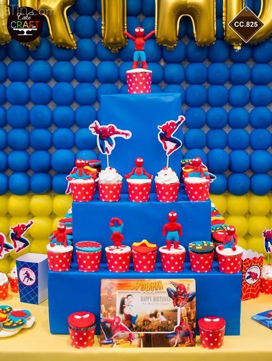 Với những chiếc cupcake nhỏ xinh, trang trí thêm chút đỉnh cho