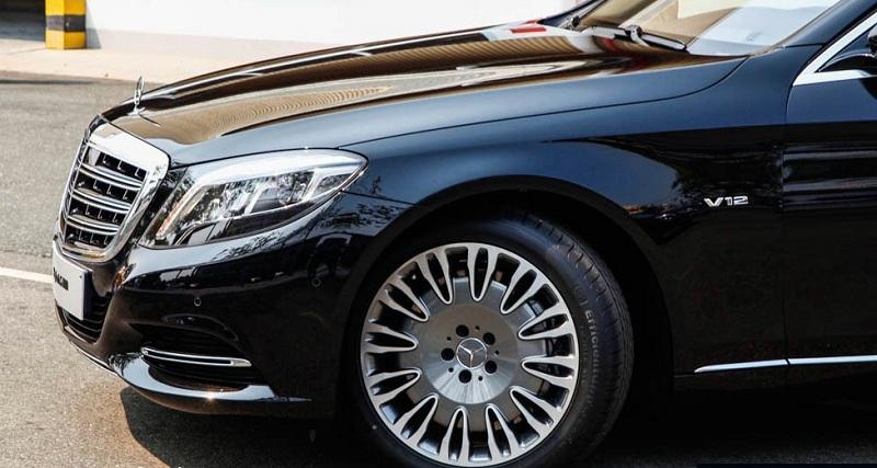 Xe Mercedes Benz S600 MAYBACH màu đen 04