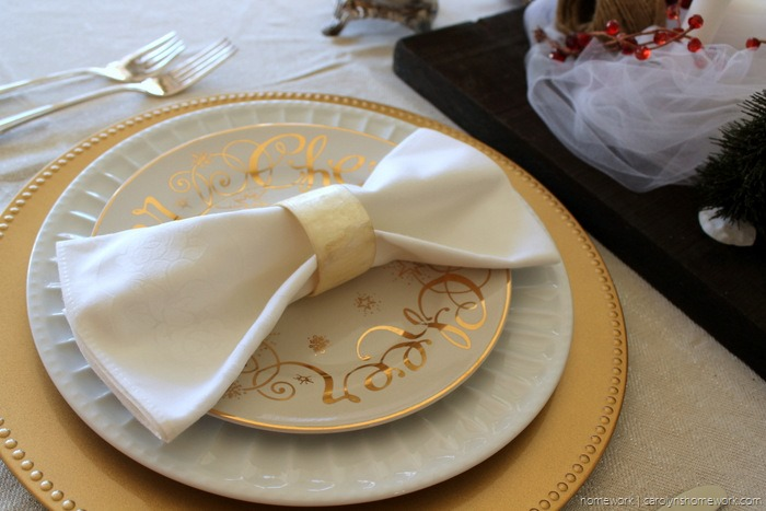 Red Velvet & White Tulle Holiday Tablescape via homework - carolynshomework (3)