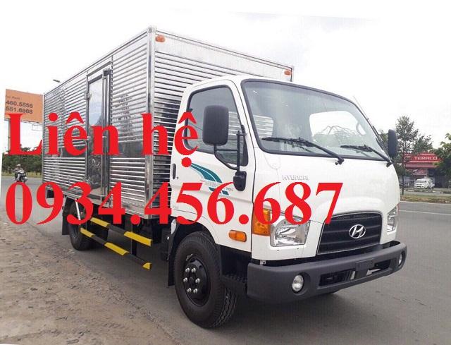 Xe tải Hyundai 110sl thùng kín