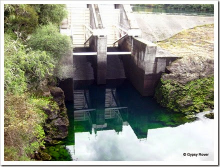 Aratiatia Dam before the gates opened.