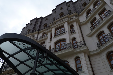 2. Hotel Epoque.JPG