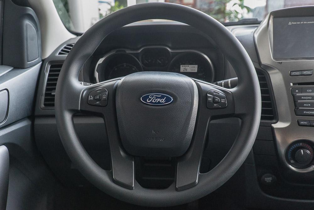 Nội thất xe Bán Tải Ford Ranger Hoàn Toàn Mới 06