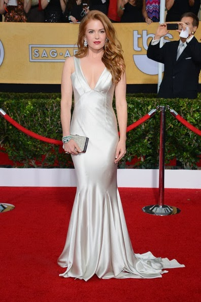 Isla Fisher attends the 20th Annual Screen Actors Guild Awards (2)