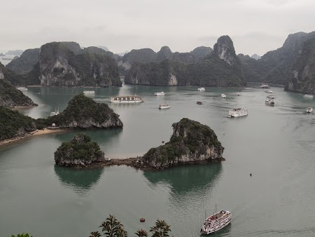 40. Halong Bay - Titop Hill.JPG