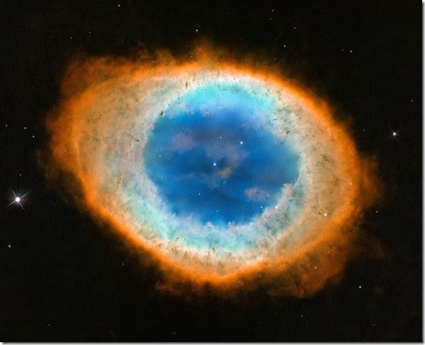 M 57 環狀星雲