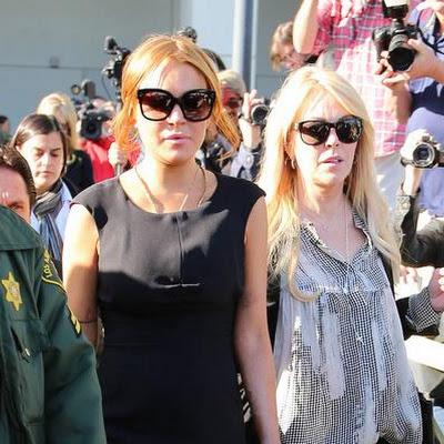 Lindsay Lohans mother Dina says she can finally sleep at night now