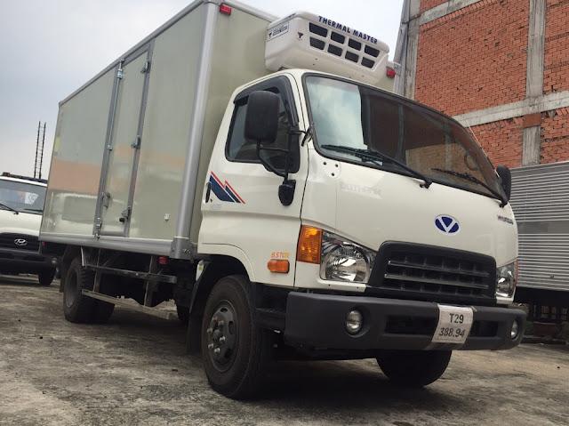 Hyundai 8 tấn thùng đông lạnh