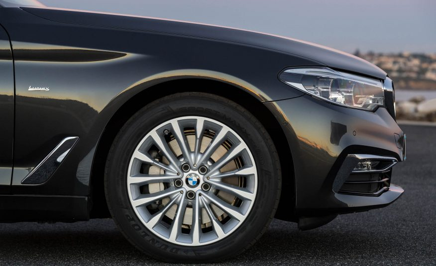 Xe BMW 528i GT new model 06