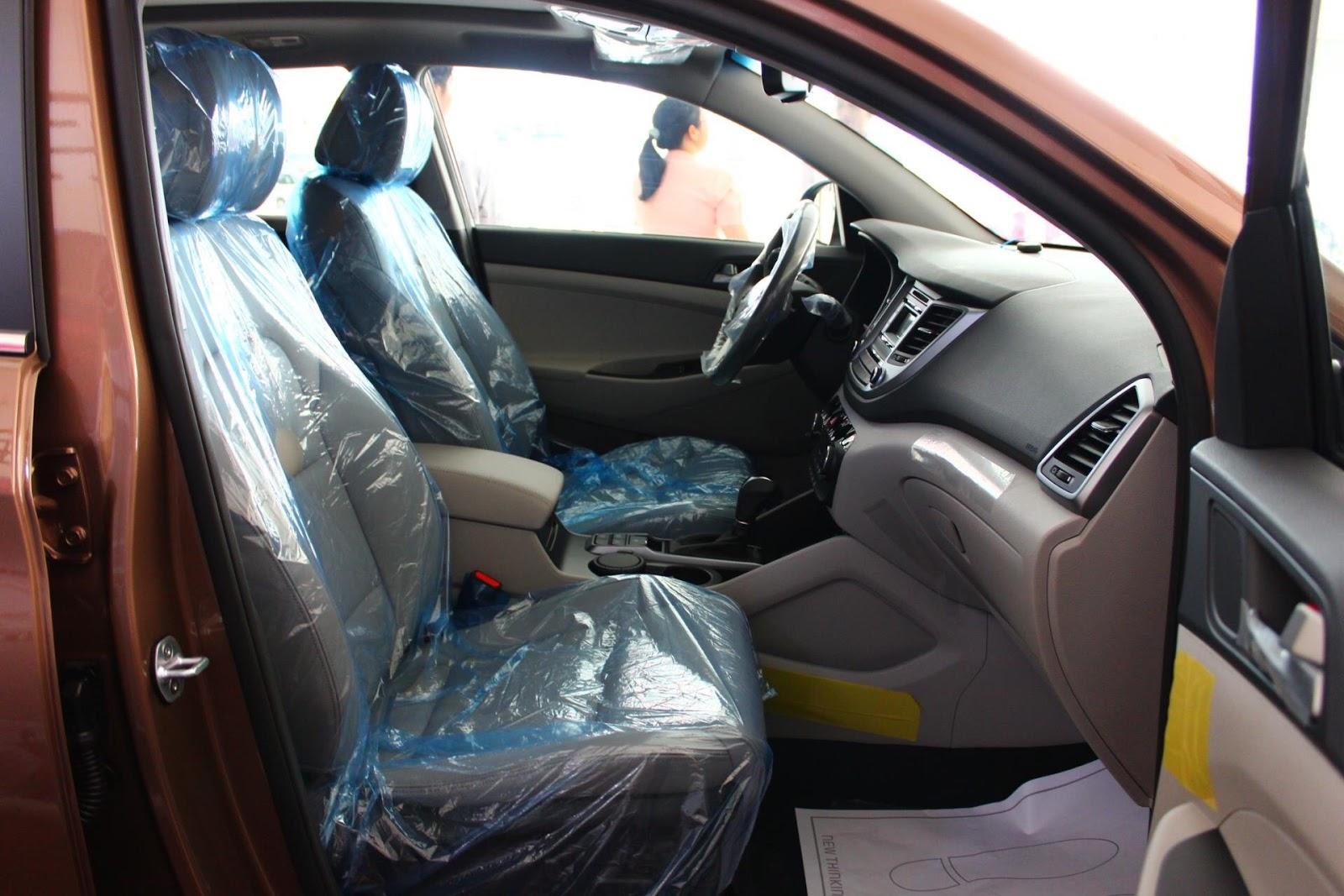 Nội thất xe Hyundai Tucson 5 chỗ màu nâu 02