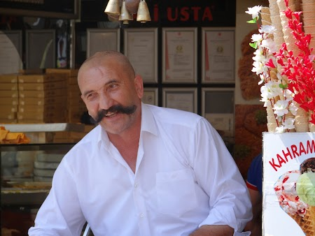 02. Inghetata Istanbul.JPG