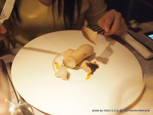【食記】台中Wang Steak 王品台塑牛排館中港店@西區 : 用份量變少的主餐&有人抽菸的餐廳款待心中最重要的人!  區域 台中市 排餐 西區 西式 豬排 鐵板料理 飲食/食記/吃吃喝喝