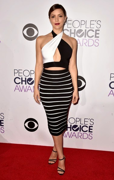 Katharine McPhee attends The 41st Annual Peoples Choice Awards