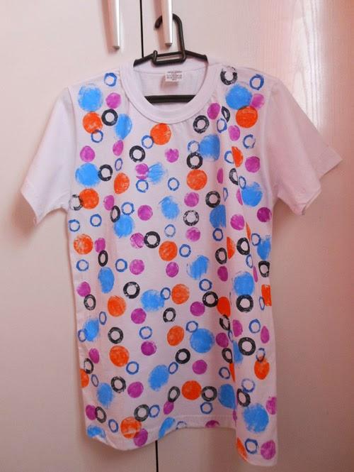 diy-customizando-camiseta-estampa-carimbo-11.jpg