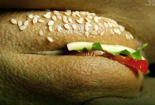 Mc Pussy Burger 121