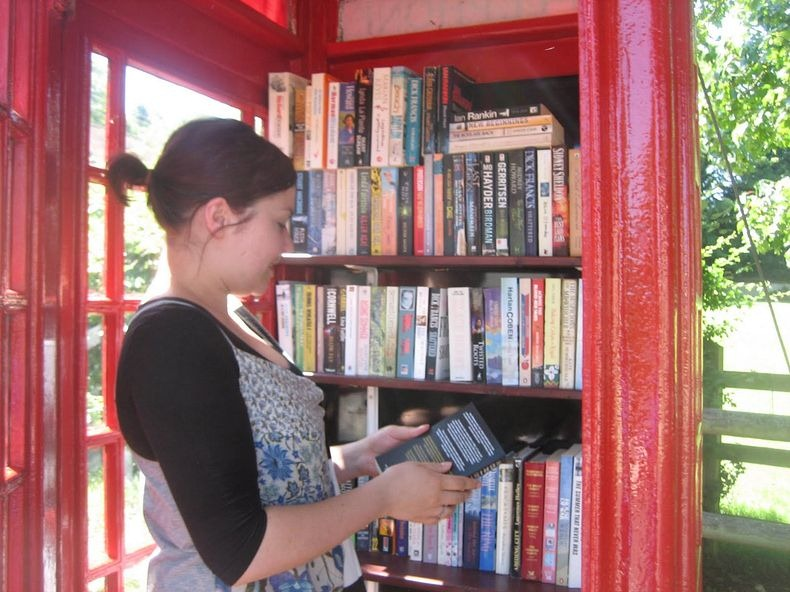 telephone-box-library-4
