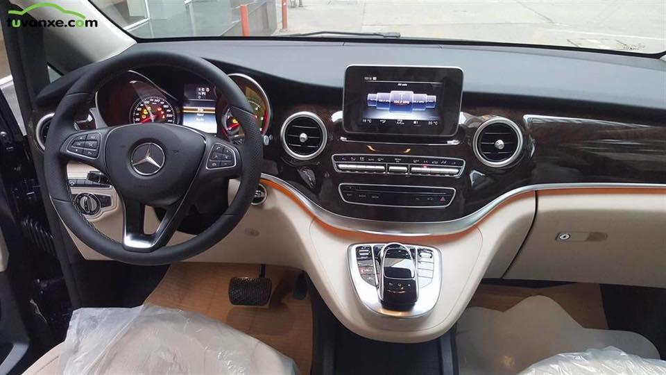xe Mercedes Benz V220 Máy Dầu 011