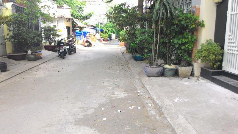 Nhà Mặt Tiền Đường Trần Thủ Độ 1 trệt 3 lầu quận Tân Phú 03
