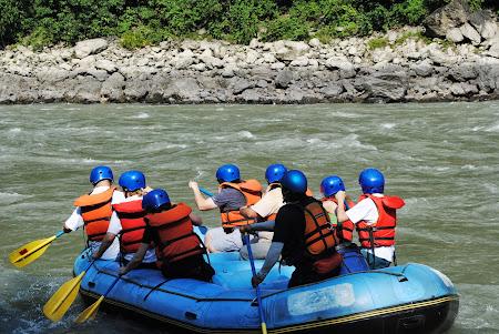 Obiective turistice Nepal: Rafting pe Trisuli