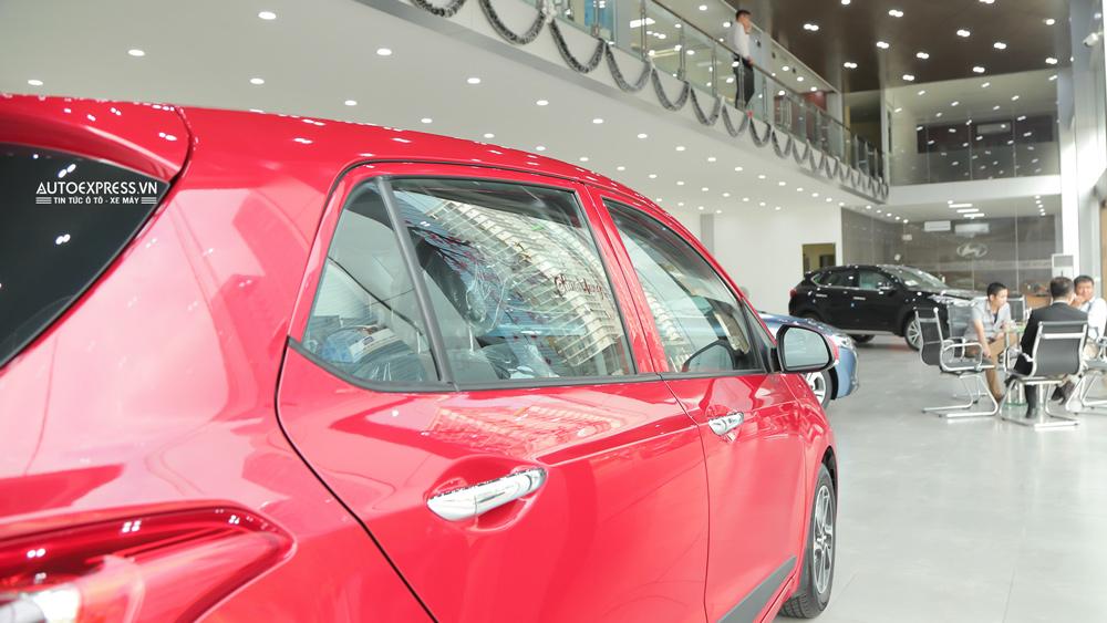 Xe Hyundai Grand i10 2018 màu đỏ 05