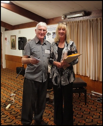 Club President, Gordon Sutherland, thanking Louise Lamb for her magnificent concert. Photo courtesy of Dennis Lyons.