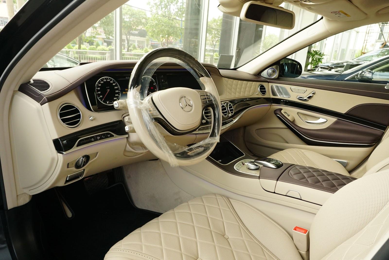 Nội Thất Xe Mercedes Benz S600 MAYBACH Màu Đen 01