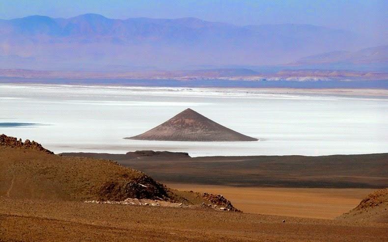 Cono de Arita in Argentina | Amusing Planet