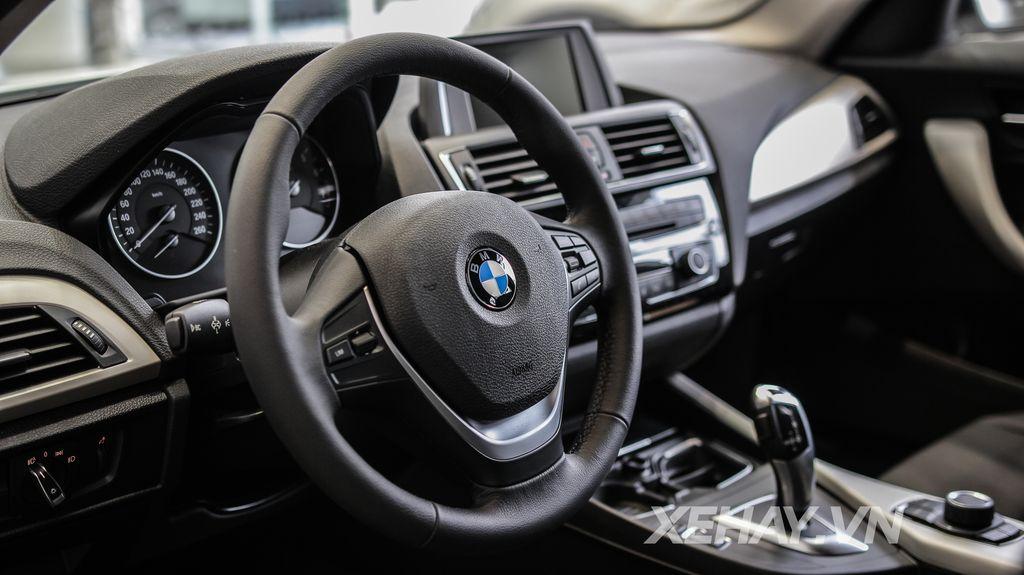 Xe BMW 118i 011