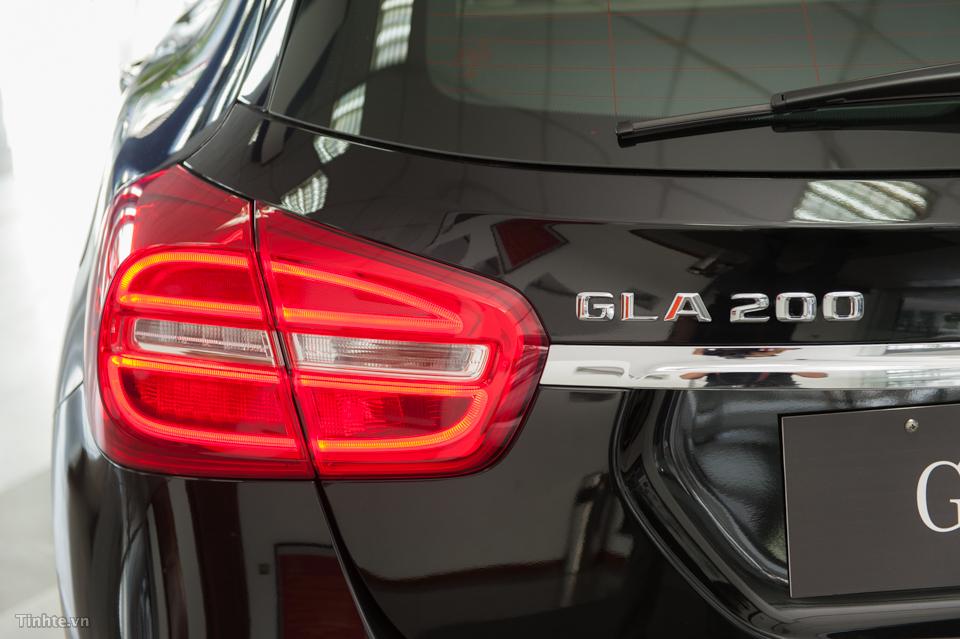 Xe Mercedes Benz GLA 200 Màu Đen 09