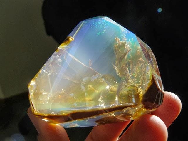 opal-9