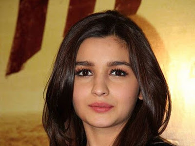 Alia Bhatt - The Cute Doll 08/21/2016
