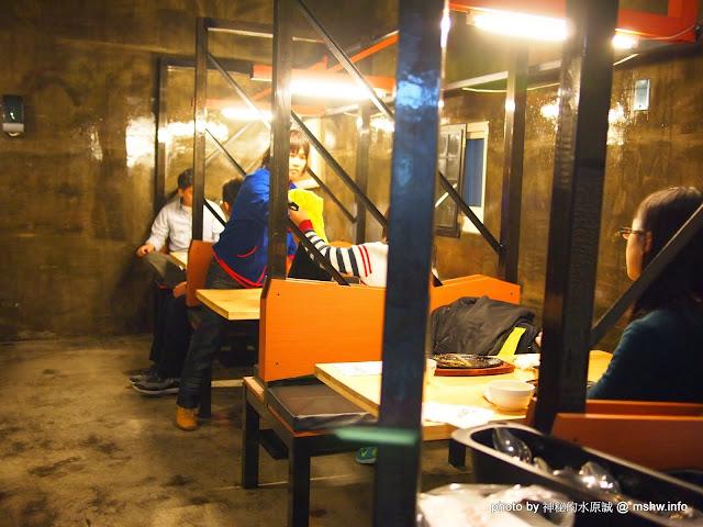 【食記】台中黑匠鉄板起事夜市鐵板牛排專賣店公益店@西區草悟道捷運BRT科博館 : 平凡中見驚喜,吃完意猶未盡的鐵板麵 區域 午餐 台中市 台式 捷運美食MRT&BRT 排餐 晚餐 西區 西式 鐵板料理 飲食/食記/吃吃喝喝 麵食類