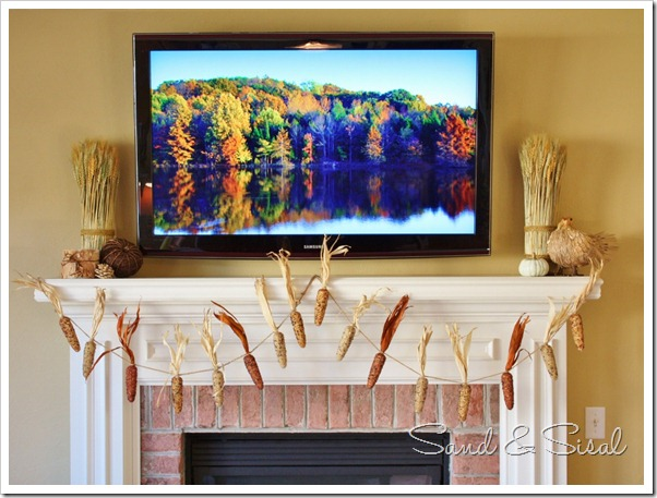 Decorating a mantel with a TV (1024x762)