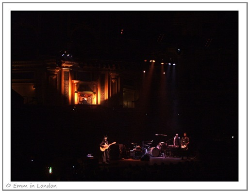 PJ Harvey Royal Albert Hall harp