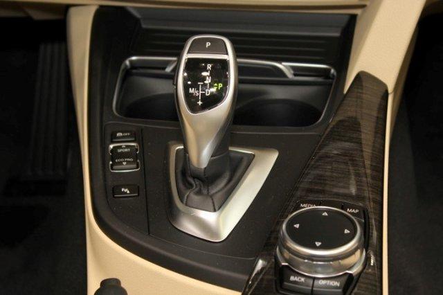 Nội thất xe BMW 420i Convertible new model 05
