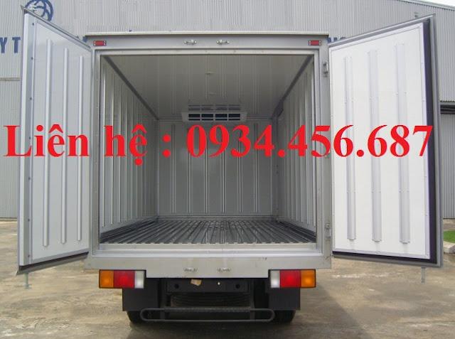 Mua xe Hyundai 110s thùng đông lạnh
