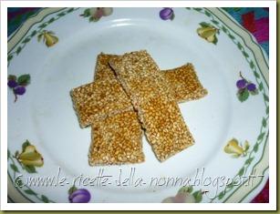 Barrette di semi di sesamo e zucchero di canna (10)