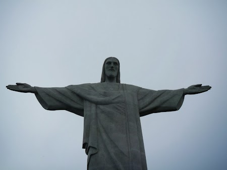 Carnavalul de la Rio:  Tot Cristo Redendor, dar pe seara