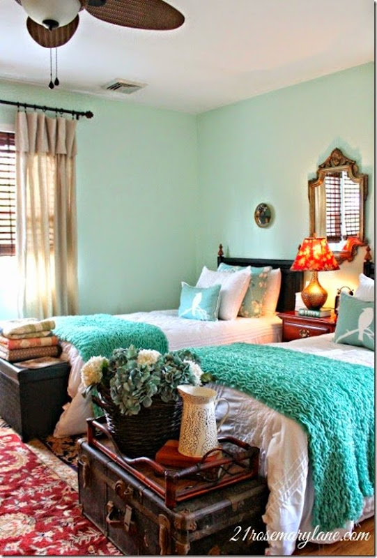 cool mint guest bedroom 16