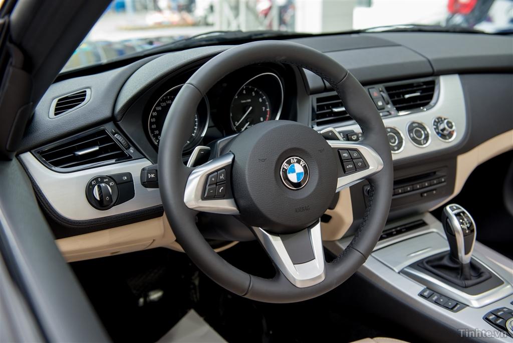 Xe BMW Z4 20i sDrive 014