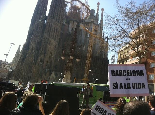 "Antiavortistes i proavortistes, cara a cara a Barcelona (acte ""Pro Vida"" i contramani)"
