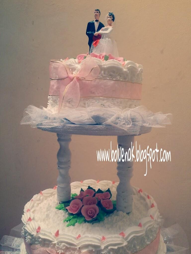 Toko Kue Bolu Enak Wedding Cake Bentuk Bulat 3 Tingkat