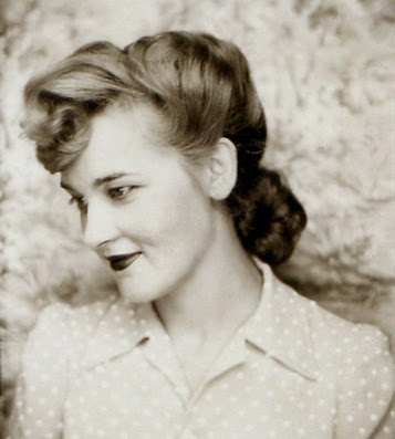 1940's Chignon hair style - Pin Curls 101 | Lavender & Twill
