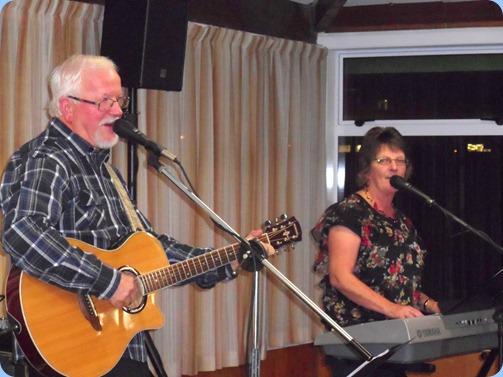 Gavin and Phyllis Prentice (Break Thru) were our guest artists for the evening and having come all the way from the South Island to entertain us! They played a variety of genres, including: C & W; Light Rock; and Easy Listening.