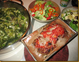 SCD Meatloaf, Savoy cabbage, personalized salads